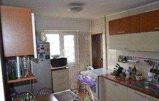 vanzare apartament decomandat, zona Calea Calarasilor, orasul Bucuresti, suprafata utila 90 mp