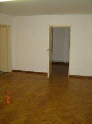 inchiriere apartament decomandat, zona Aviatorilor, orasul Bucuresti, suprafata utila 80 mp