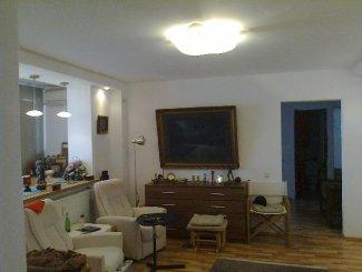 vanzare apartament cu 3 camere, semidecomandat, in zona Colentina, orasul Bucuresti