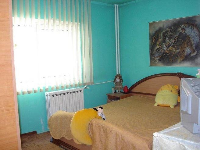 agentie imobiliara vand apartament decomandat, in zona Sebastian, orasul Bucuresti