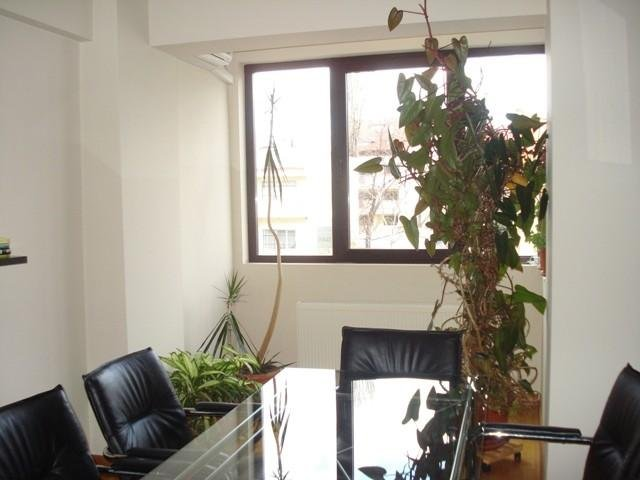 inchiriere apartament decomandat, zona Dorobanti, orasul Bucuresti, suprafata utila 100 mp