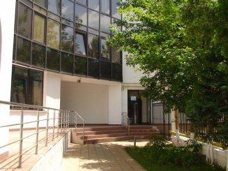 vanzare apartament cu 3 camere, semidecomandat, in zona Unirii, orasul Bucuresti