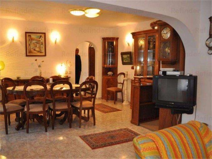Apartament inchiriere Victoriei cu 3 camere, etajul 3 / 4, 2 grupuri sanitare, cu suprafata de 89 mp. Bucuresti, zona Victoriei.