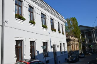 proprietar inchiriez duplex decomandat, in zona Cismigiu, orasul Bucuresti