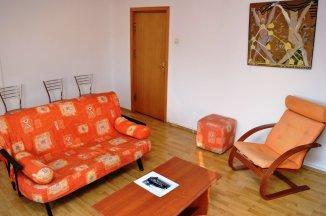 http://realkom.ro/anunt/inchirieri-apartamente/realkom-agentie-imobiliara-decebal-oferta-inchiriere-apartament-3-camere-decebal-piata-muncii/1615