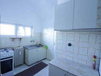 Bucuresti, zona Piata Universitatii, apartament cu 3 camere de vanzare