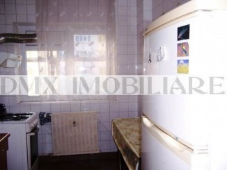 vanzare apartament decomandat, zona Teiul Doamnei, orasul Bucuresti, suprafata utila 70 mp