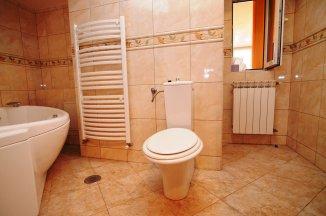 http://www.realkom.ro/anunt/vanzari-apartamente/realkom-agentie-imobiliara-unirii-oferta-vanzare-apartament-3-camere-unirii-piata-alba-iulia/1826
