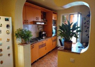 Apartament cu 3 camere de vanzare, confort 1, zona Piata Sudului,  Bucuresti