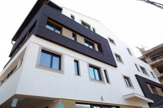proprietar vand apartament decomandat, in zona Aviatiei, orasul Bucuresti