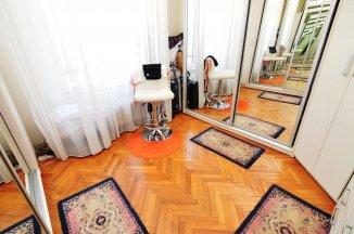http://www.realkom.ro/anunt/vanzari-apartamente/realkom-agentie-imobiliara-oferta-vanzare-apartament-3-camere-calea-calarasilor-matei-basarab/1932
