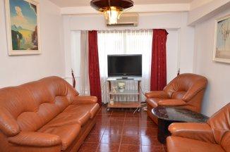 http://www.realkom.ro/anunt/inchirieri-apartamente/realkom-agentie-imobiliara-decebal-oferta-inchiriere-apartament-3-camere-decebal-zvon-cafe/1940