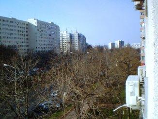 proprietar vand apartament semidecomandat, in zona Titan, orasul Bucuresti