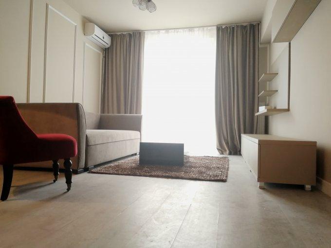 Apartament inchiriere Universitate cu 3 camere, etajul 4 / 8, 1 grup sanitar, cu suprafata de 50 mp. Bucuresti, zona Universitate. Mobilat modern.