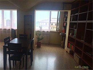 vanzare apartament cu 3 camere, decomandat, in zona Arcul de Triumf, orasul Bucuresti