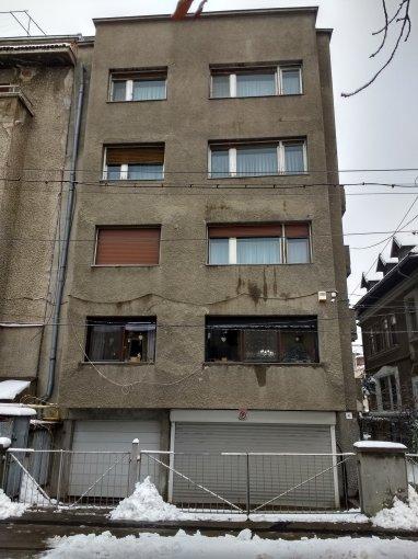 Apartament vanzare Bucuresti 3 camere, suprafata utila 64 mp, 1 grup sanitar, 2  balcoane. 125.000 euro. Etajul 1 / 4. Destinatie: Rezidenta. Apartament Cotroceni Bucuresti