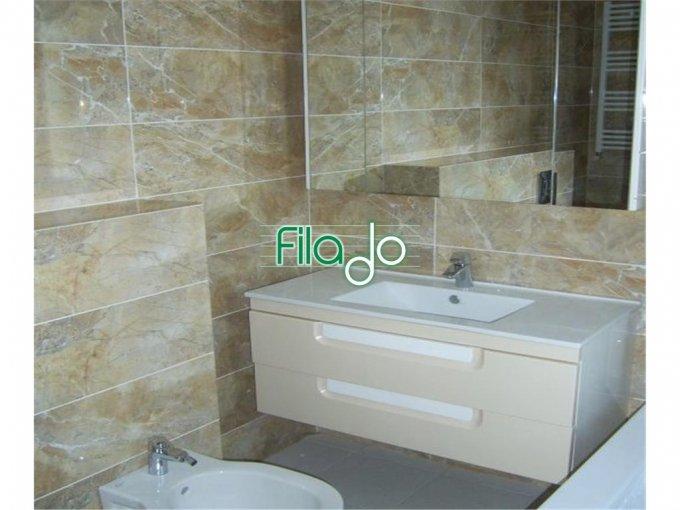 Apartament de vanzare in Bucuresti cu 3 camere, cu 2 grupuri sanitare, suprafata utila 110 mp. Pret: 238.000 euro.