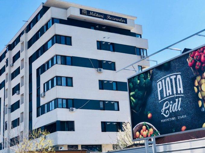 Apartament de vanzare in Bucuresti cu 3 camere, cu 2 grupuri sanitare, suprafata utila 70 mp. Pret: 60.900 euro.