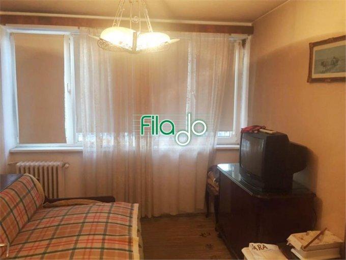 Apartament de vanzare in Bucuresti cu 3 camere, cu 1 grup sanitar, suprafata utila 61 mp. Pret: 65.000 euro.