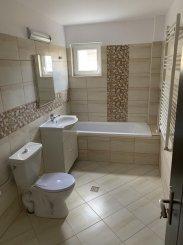 vanzare apartament decomandat, zona 1 Mai, orasul Bucuresti, suprafata utila 67 mp