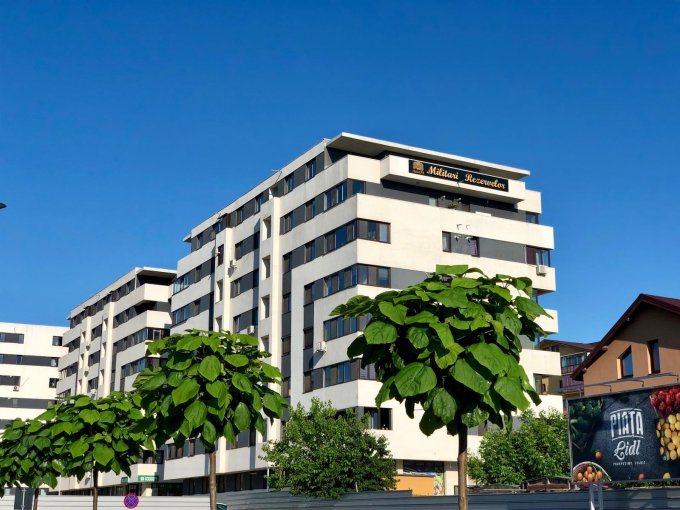 vanzare Apartament Bucuresti cu 3 camere, cu 2 grupuri sanitare, suprafata utila 70 mp. Pret: 63.000 euro.