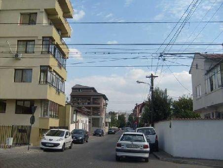 agentie imobiliara vand apartament decomandata, in zona 1 Mai, orasul Bucuresti