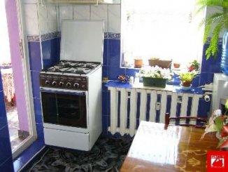 vanzare apartament cu 3 camere, semidecomandata, in zona Colentina, orasul Bucuresti