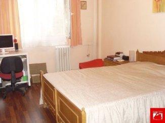 vanzare apartament cu 3 camere, semidecomandata, in zona Pantelimon, orasul Bucuresti
