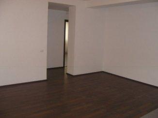 vanzare apartament cu 3 camere, decomandata, in zona Baneasa, orasul Bucuresti