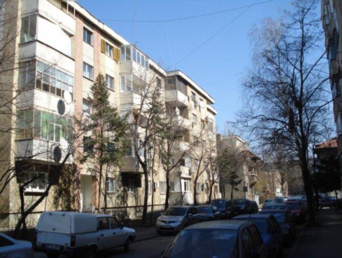 Bucuresti, zona Beller, apartament cu 3 camere de vanzare