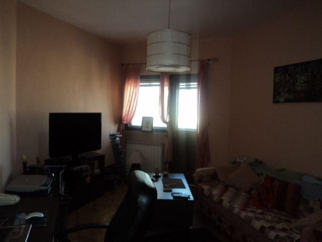 Bucuresti, zona Kogalniceanu, apartament cu 3 camere de vanzare