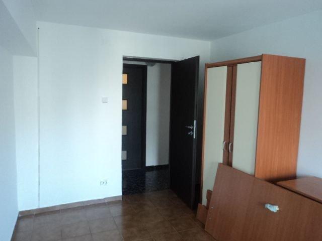 inchiriere apartament decomandata, zona Unirii, orasul Bucuresti, suprafata utila 80 mp