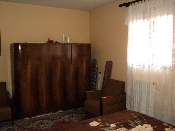agentie imobiliara vand apartament decomandata, in zona Salaj, orasul Bucuresti