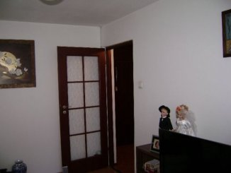vanzare apartament cu 3 camere, decomandata, in zona Militari, orasul Bucuresti
