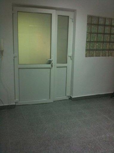 inchiriere apartament cu 3 camere, semidecomandata, in zona Serban Voda, orasul Bucuresti