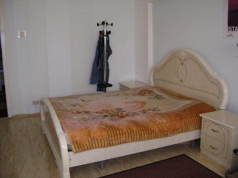 vanzare apartament decomandat, zona Unirii, orasul Bucuresti, suprafata utila 82 mp