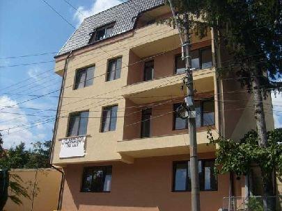 inchiriere apartament decomandat, zona 1 Mai, orasul Bucuresti, suprafata utila 85 mp
