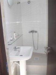 agentie imobiliara vand apartament semidecomandat, in zona Victoriei, orasul Bucuresti