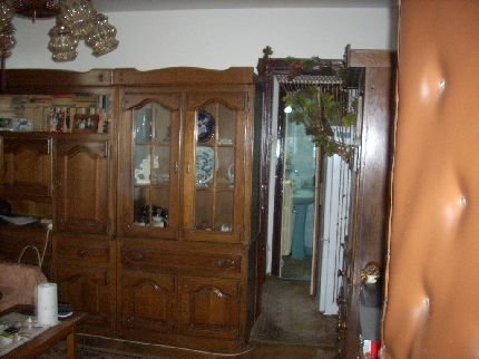 vanzare apartament cu 3 camere, semidecomandat, in zona Gara de Nord, orasul Bucuresti