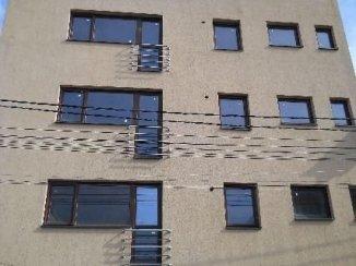 vanzare apartament cu 3 camere, decomandat, in zona Vatra Luminoasa, orasul Bucuresti