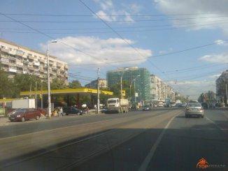 vanzare apartament semidecomandata, zona 1 Mai, orasul Bucuresti, suprafata utila 68 mp