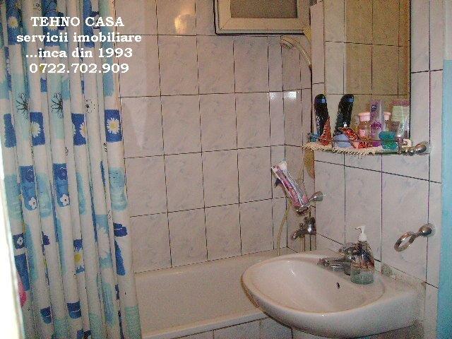 agentie imobiliara vand apartament semidecomandat, orasul Bucuresti