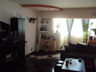 Bucuresti, zona Nerva Traian, apartament cu 3 camere de vanzare