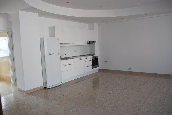 agentie imobiliara inchiriez apartament decomandat, in zona Primaverii, orasul Bucuresti