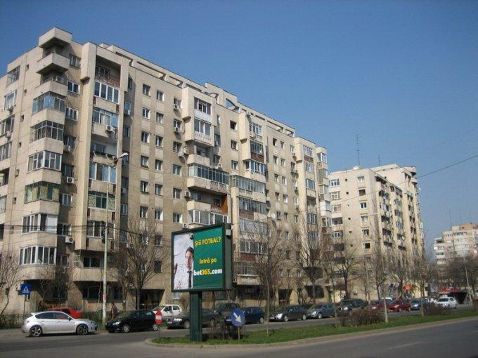 Bucuresti, zona Panduri, apartament cu 3 camere de vanzare