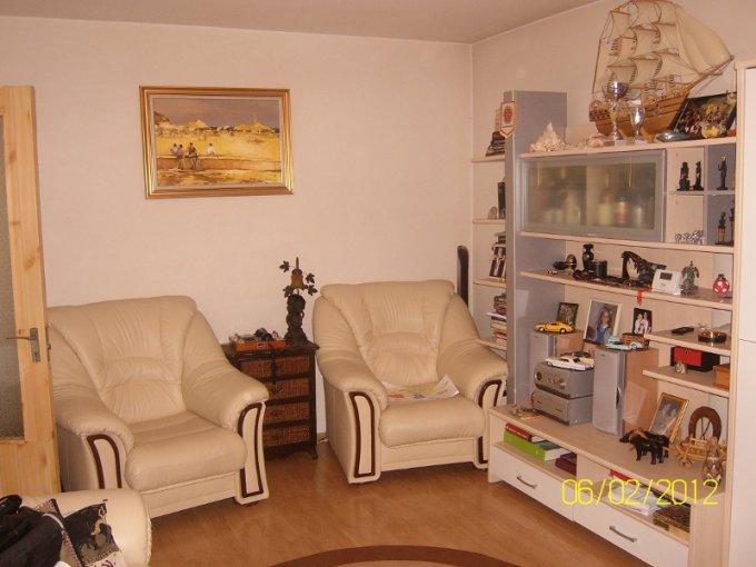 Camera de zi - Sufragerie apartament de 3 camere in Drumul Taberei