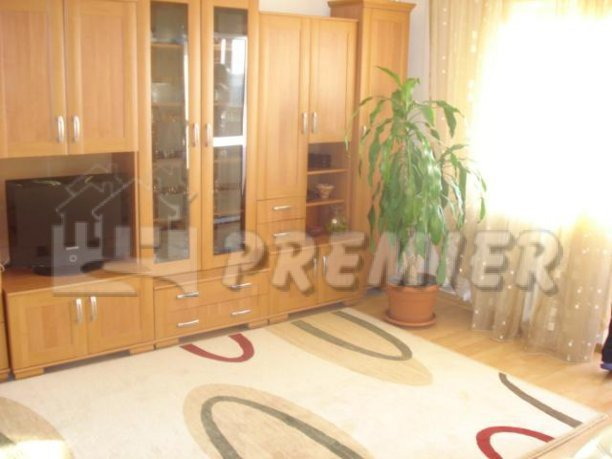 vanzare apartament cu 3 camere, decomandat, in zona Brancoveanu, orasul Bucuresti