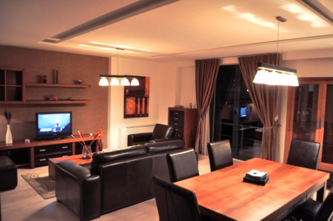 inchiriere apartament decomandat, zona Pipera, orasul Bucuresti, suprafata utila 102 mp