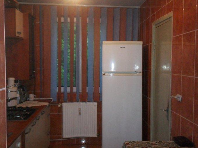 Apartament cu 3 camere de vanzare, confort Lux, zona Brancoveanu,  Bucuresti