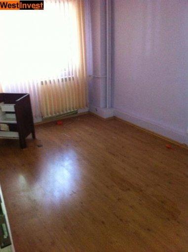 agentie imobiliara inchiriez apartament decomandat, in zona Tineretului, orasul Bucuresti